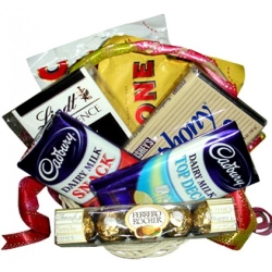 delivery assorted chocolate lover basket to angeles city