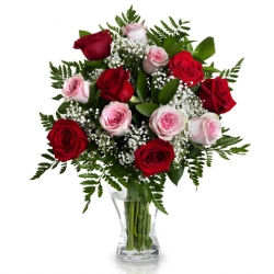 12 Pink and Red Roses in Vase Send To Angeles City Philippines