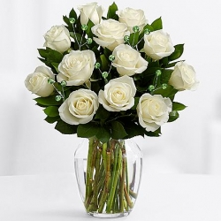 ​12 White Roses In Vase Send To Angeles City Philippines