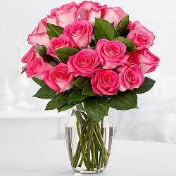 ​12 Pink Roses in Vase Send To Angeles City Philippines