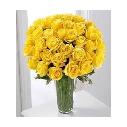 ​36 Yellow Roses in Vase Send To Angeles City Philippines