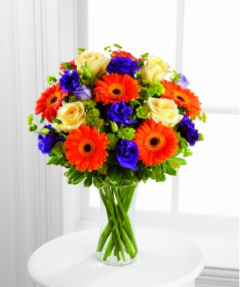 12 Orange Gerberas and Peach Roses Send To Angeles City Philippines
